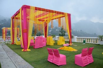 Whistling teel decor yellow and pink decor for mehendi