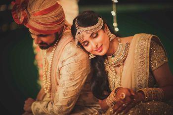 Gold Wedding Photoshoot & Poses Photo gold lehenga