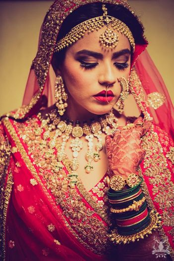 Bridal jewellery with polki