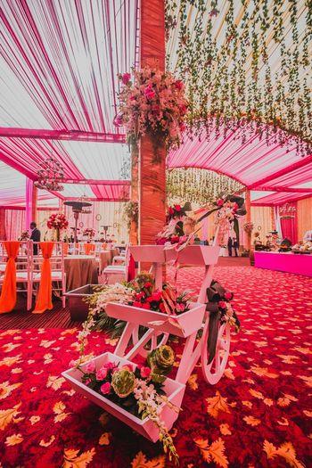 Pink wedding decor themes