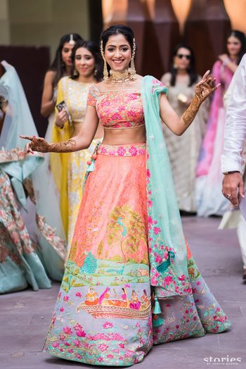 Unique customised bridal lehenga for mehendi