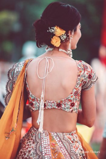bridal back shot with scalloped blouse design