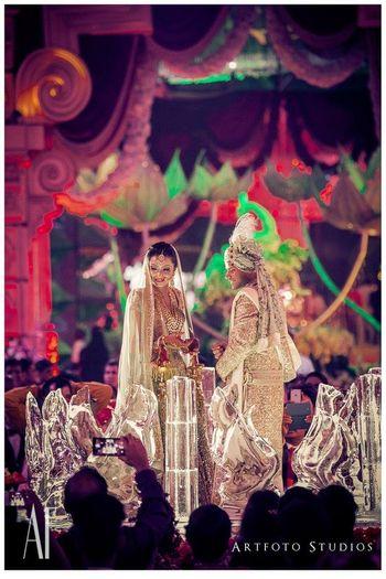 bride and groom jaimala
