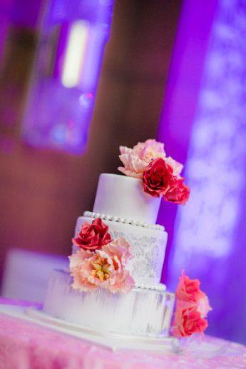 sgar blossoms cake