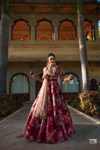 Dancing bride before her pheras!