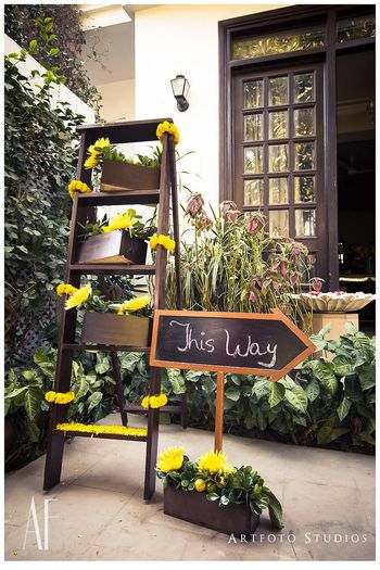 Entrance decor with ladder