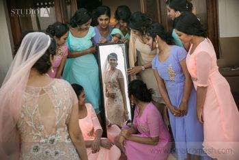 Photo of must take photos with bridesmaids