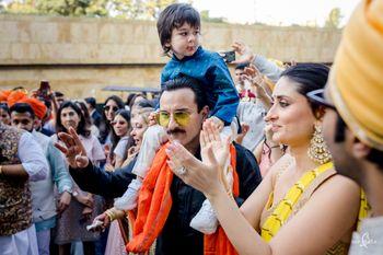 The baraatis, Kareena Kapoor and Saif Ali Khan with Taimur Ali Khan, dancing away in the baraat