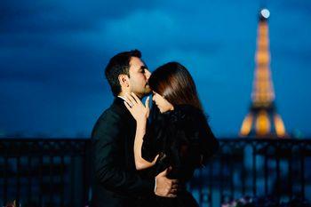 Couple kissing portrait