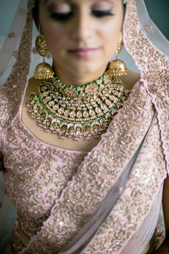 Photo of Pastel toned contrasting bridal necklace