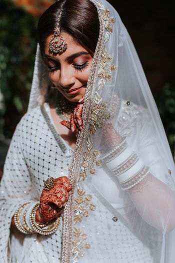 Photo of Unique bridal portrait