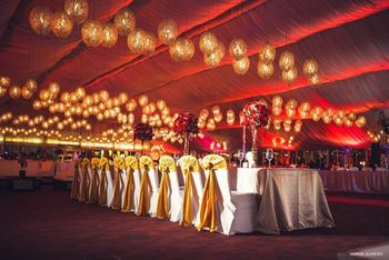 red and gold moroccan theme decor