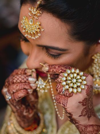 Bridal jewellery with cocktail ring