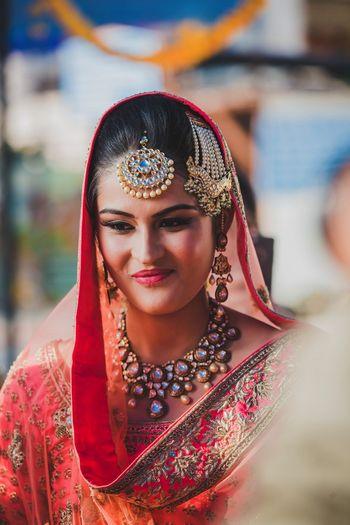 Wedding Photoshoot & Poses Photo maang tikka