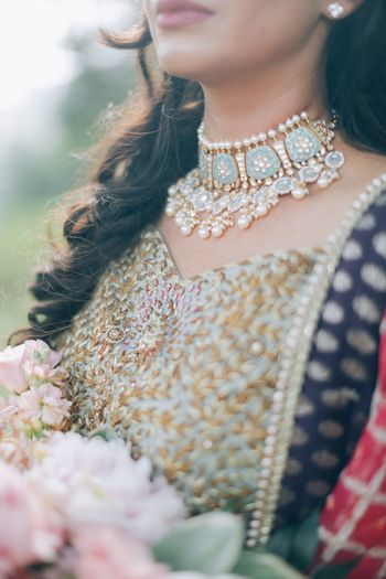 Pretty pearl and kundan choker for wedding day