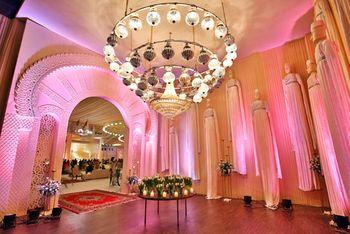 chandelier ceiling