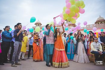 Photo of Baraat or mehendi idea with balloon send off