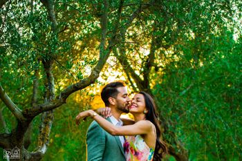 Cute couple outdoor pre wedding shot