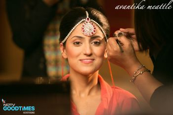 Photo of Makeup by Anu Kaushik