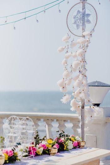 Dreamcatchers used in wedding decor
