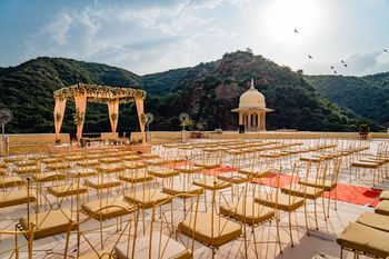 Gorgeous rooftop mandap for the wedding