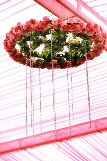 Suspended decor with floral chandelier