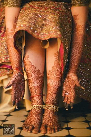 Photo of mehendi photographs