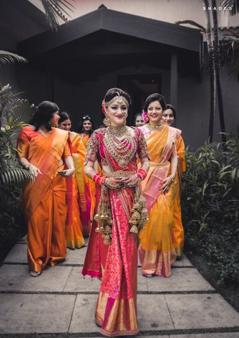 A north-sound Indian bride in Kanjeevaram saree and kaleere