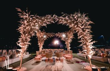 Mandap decor ideas with florals