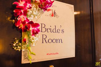 Bride's Room Personalised Card on Door with Flowers