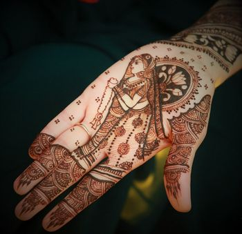 Simple Mehendi with Bridal Portrait