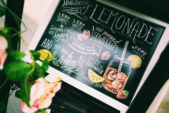 Photo of Lemonade food display idea