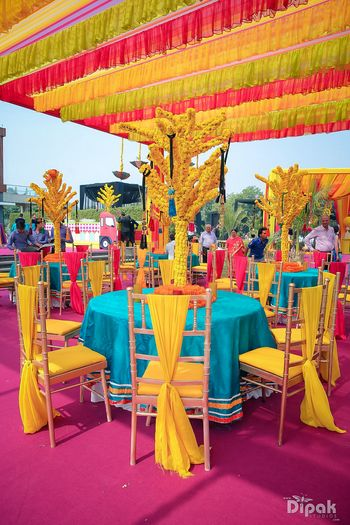 Yellow and turquoise mehendi decor
