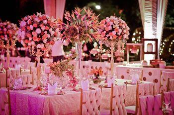 White Wedding Decor Photo Glamorous table settings