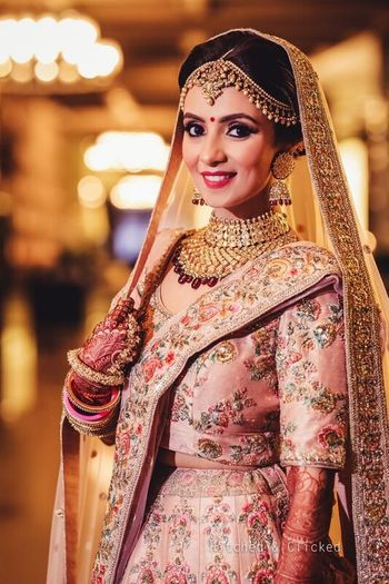 Photo of Sabyasachi bride light pink lehenga