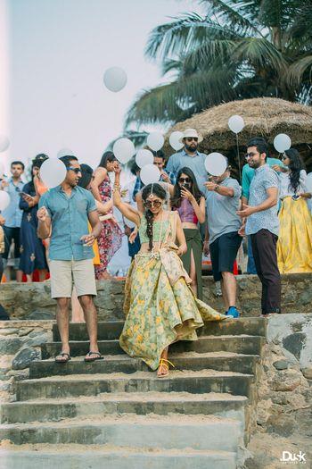 Unique Ideas Photo guests releasing balloons