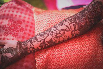 Mehndi Designs Photo baraat motif on mehendi