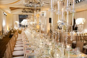 Gold and white glamorous wedding reception table