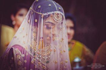 Wedding Photoshoot & Poses Photo bride in veil