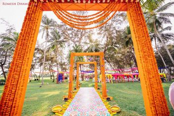 Mehendi genda phool decor idea