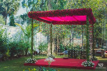 Photo of Minimal floral decor at a mandap