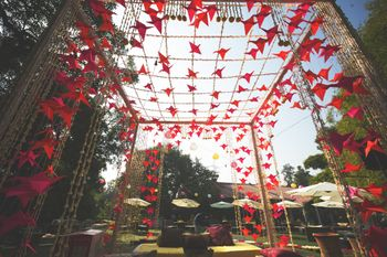 Unique mandap with paper crane decor