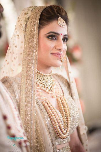 Bride on gold portrait