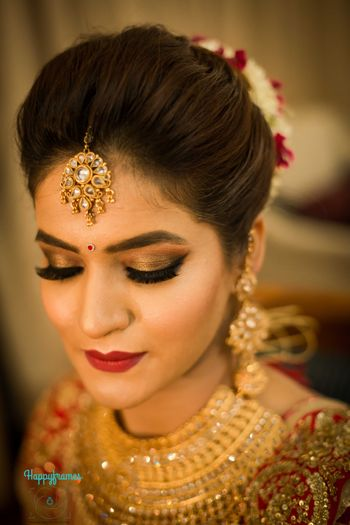 Gorgeous bridal makeup