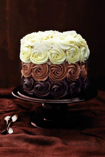 White and brown ombre floral icing wedding cake