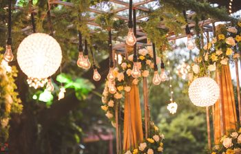 Bulbs decor