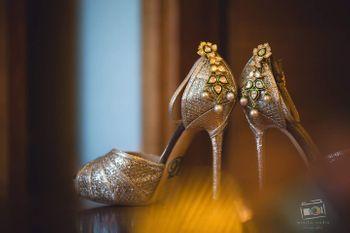 Embellished bridal heels with pearls