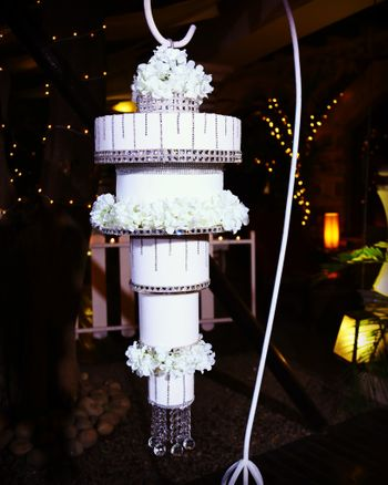 Suspended wedding cake