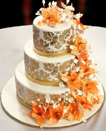 White and Gold Autumn Inspired 3 Tier Wedding Cake