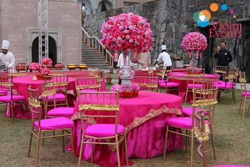 Bright pink and gold theme decor look